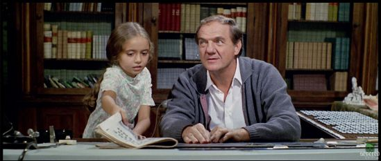 Cinzia De Carolis and Karl Malden in 'The Cat O' Nine Tails.' - credit: severed-cinema.com