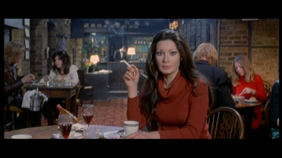 Jane Harrison (Edwige Fenech) in 'All The Colors Of The Dark.'  credit: avereventanni.tumblr.com