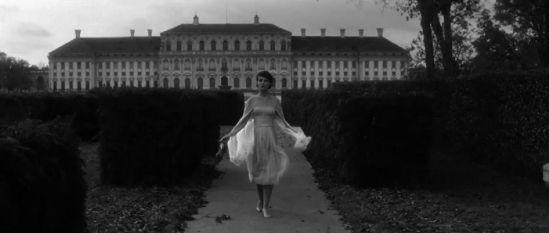 Delphine_Seyrig_l-annee_derniere_a_marienbad_film_alain_resnais_9_0